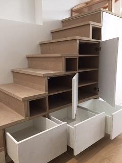 biblio medium , escalier 2